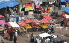 Street vendors in Hyderabad, India